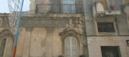 Casa ad Avola