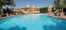 Villa with swimming