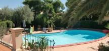 villa con piscina 02