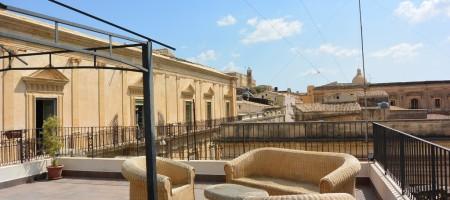 Terrazzo in Via Cavour