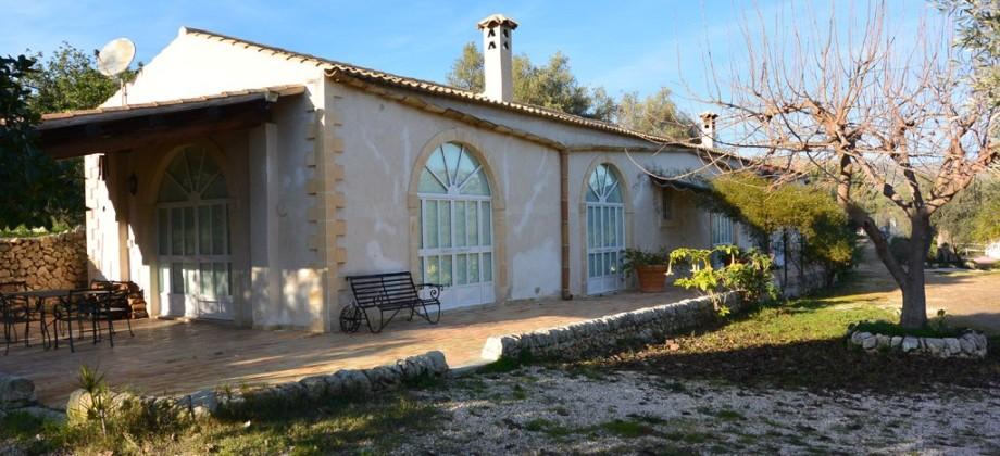 Property c.da Bochini