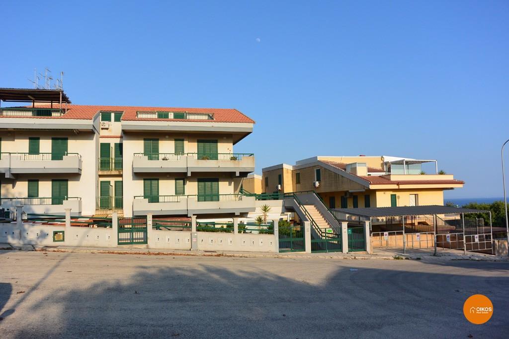 Marina di ragusa oikos immobiliare - Ragusa immobiliare ...
