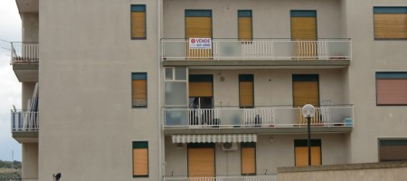 Appartamento via Borsi