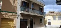 (Italiano) Casa con terrazza
