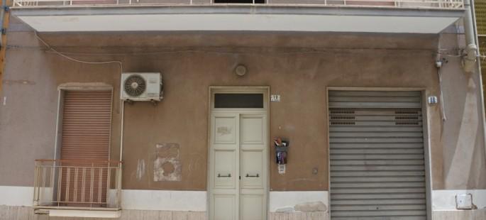 Casa via Lombardia