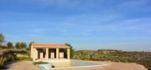 villa-panoramica-con-piscina-30