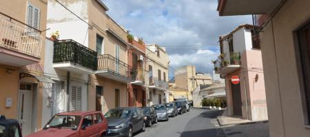 Casa con terrazzo via Bari