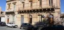 palazzetto-via-dante-avola-noto-barocco-vendicari-marianelli-laghetti-cavagrande-2