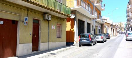 Casa con garage in vendita a Noto via Vespucci