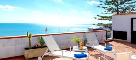 Casa vacanza Alba 70 mt dal mare