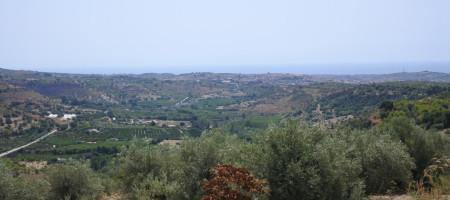 (Italiano) Terreno in c.da Busulmone con vista panoramica