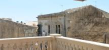 Casa con terrazzo via Aurispa