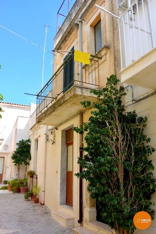 Casa con Terrazzo a Noto Centro Storico   oikosimmobiliare
