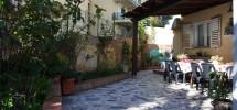 Villetta con giardino in città a Noto 04