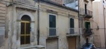 casa liberty con terrazzo, garage e cortile (1)