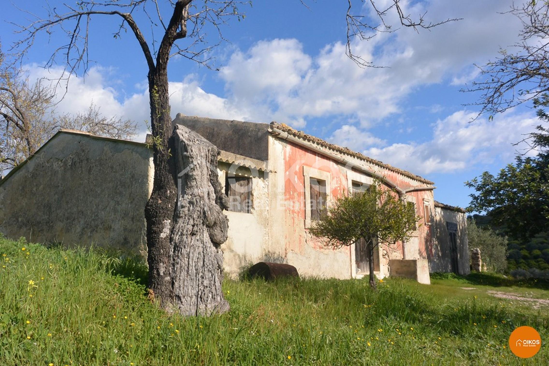 Antico casale Gioi nei dintorni di Noto