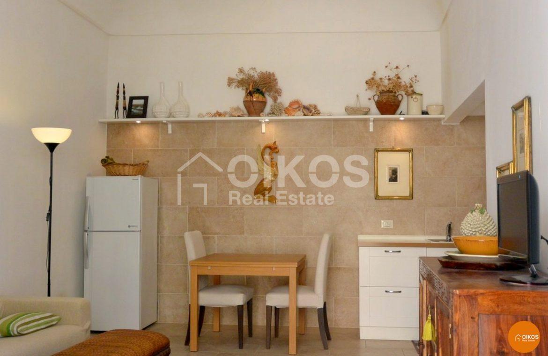 Casa con terrazzino in via Sallicano a Noto
