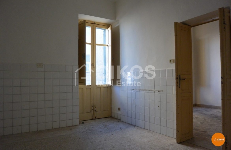 Casa con terrazzo via Principe Umberto Noto