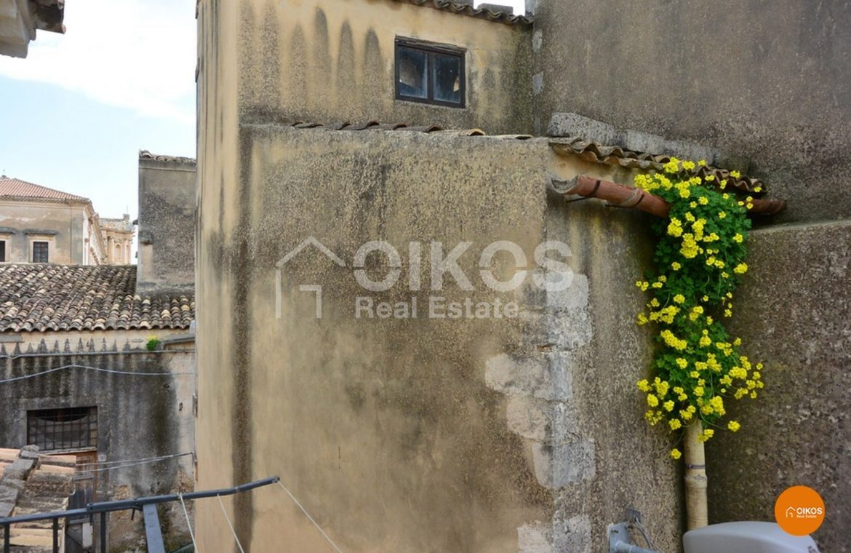 Casa singola in pieno centro storico di Noto
