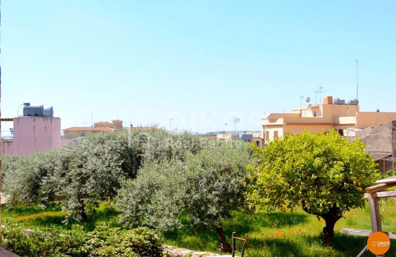 Casa con terrazzo panoramico a Noto via Righetti