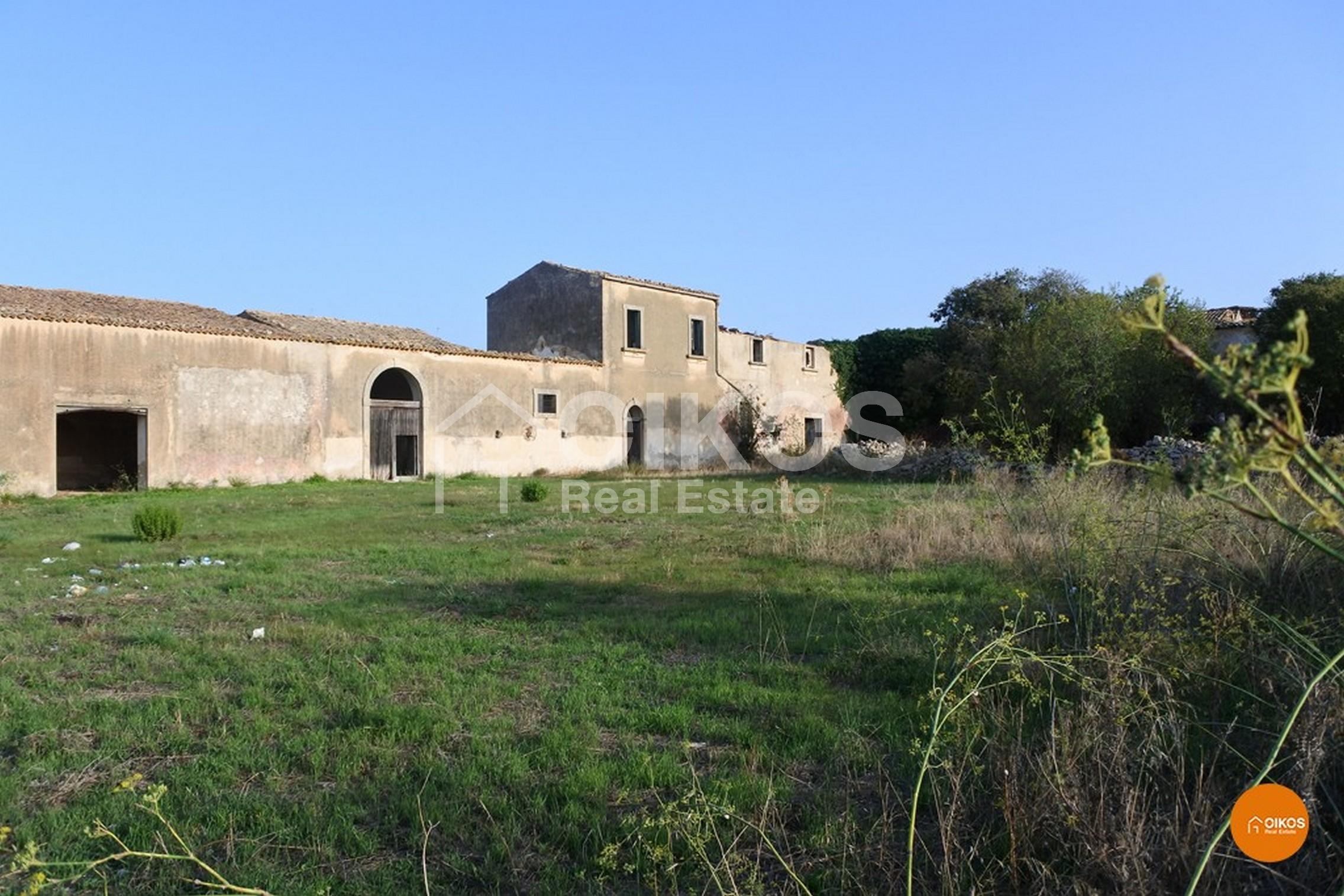 Caseggiato C.da Falconara