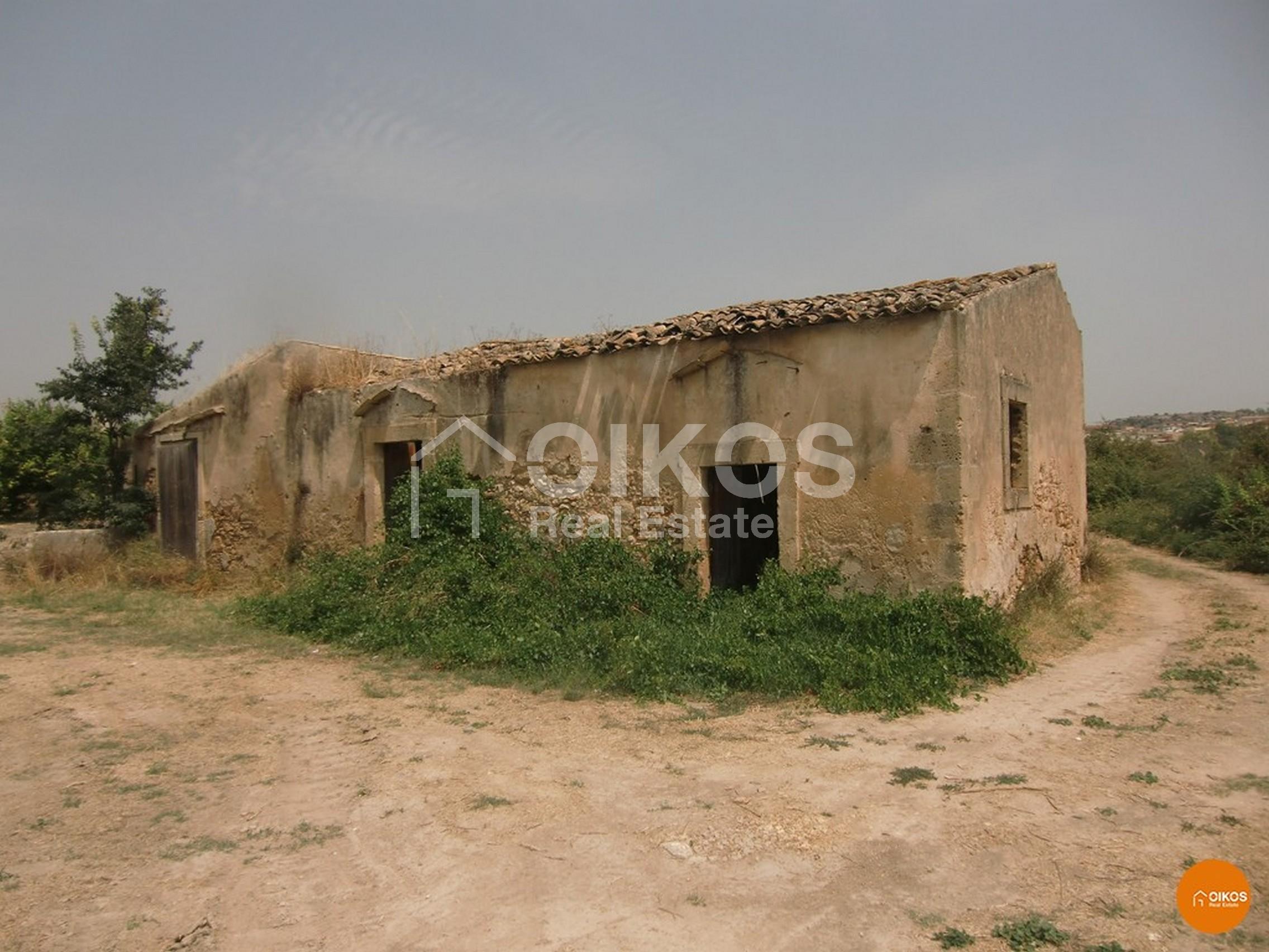 Terreno e caseggiati c.da Zupparda