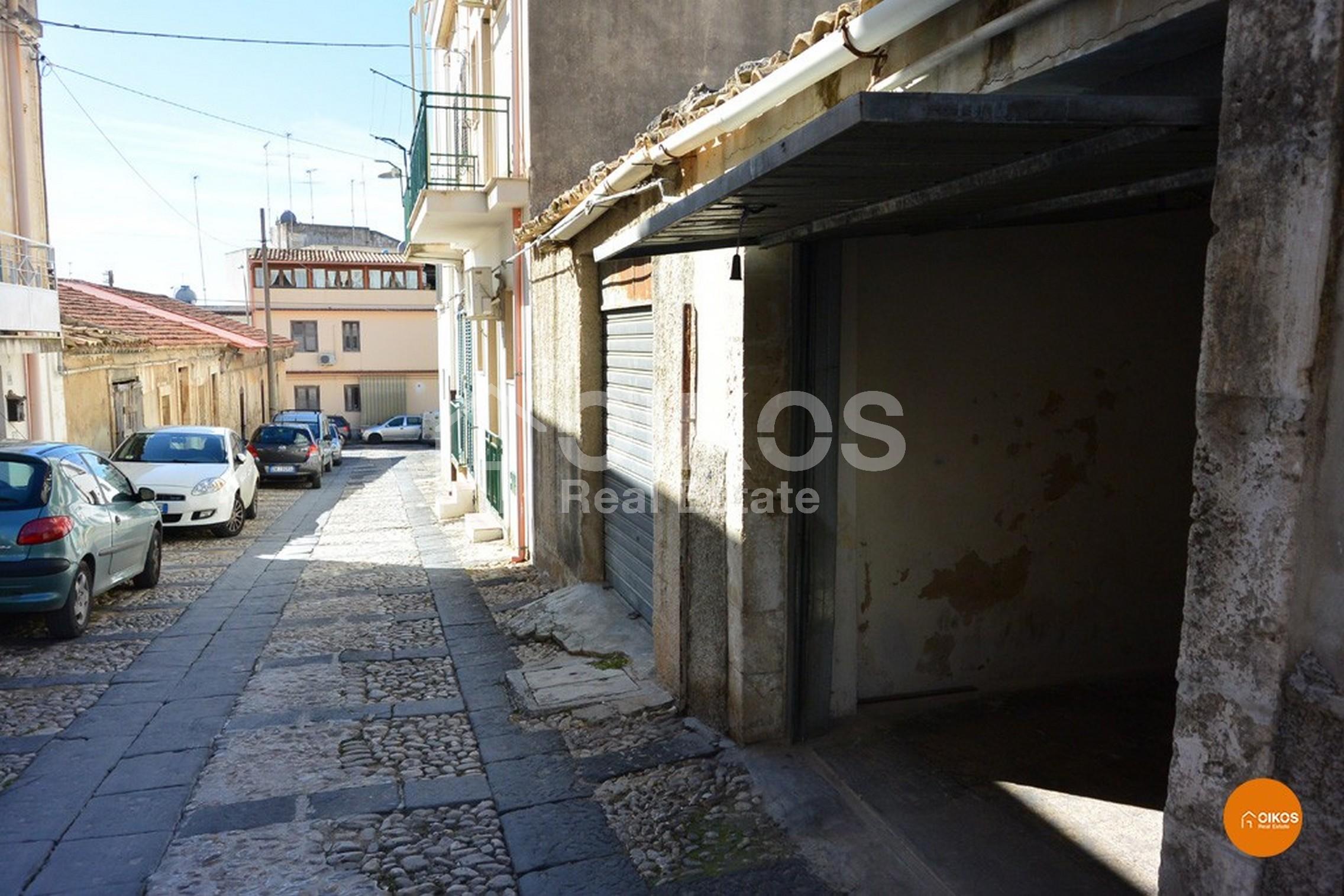 Garage Porta Ferdinandea