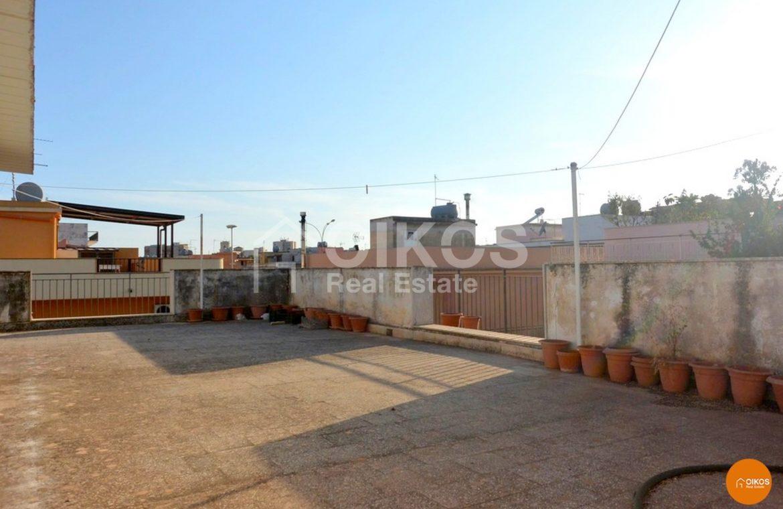 Casa indipendente su due livelli con terrazzo e garage ad Avola 01