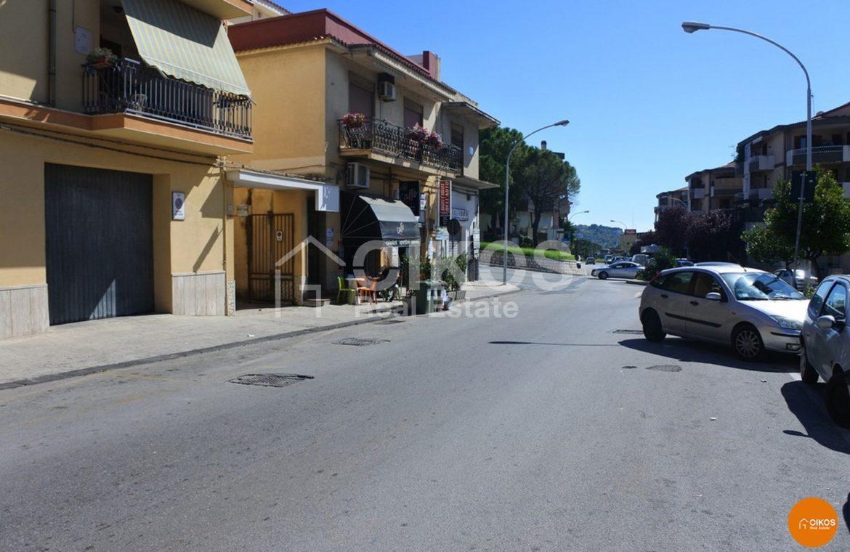 Garage in via Napoli Noto 02