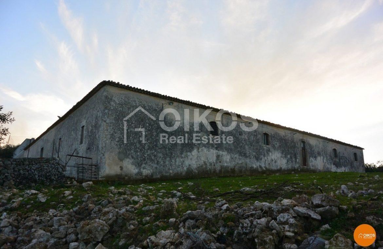 la masseria fortificata 36