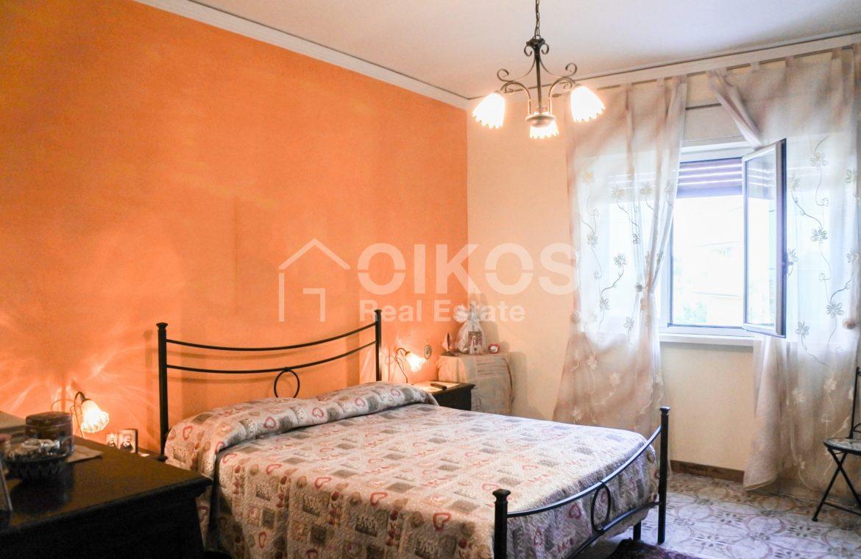 Ampio e luminoso appartamento con garage 12