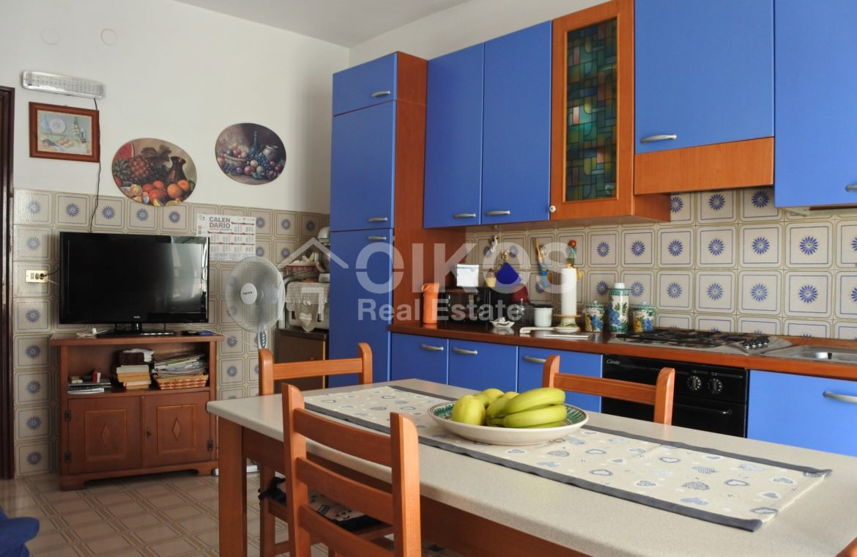 Ampio e luminoso appartamento con garage 7