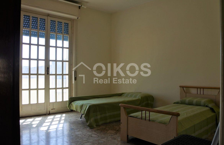 appartamento con garage in via Ugo Lago 10