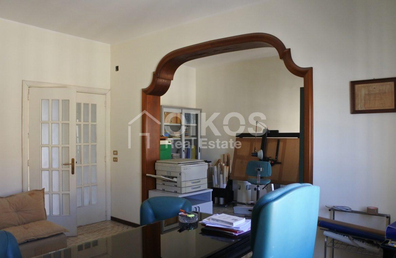 appartamento con garage in via Ugo Lago 3