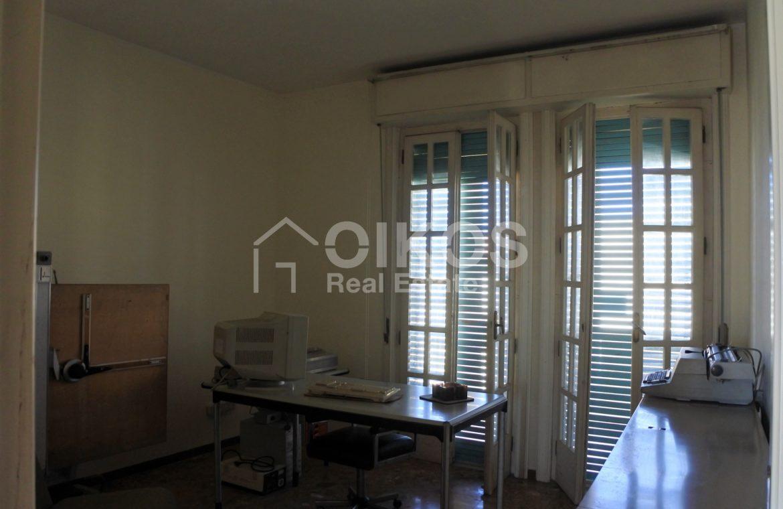appartamento con garage in via Ugo Lago 4
