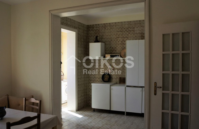 appartamento con garage in via Ugo Lago 5