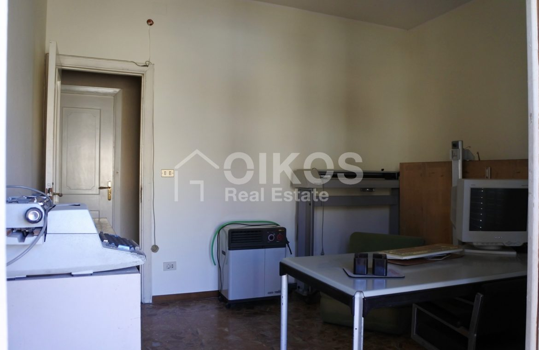appartamento con garage in via Ugo Lago 8
