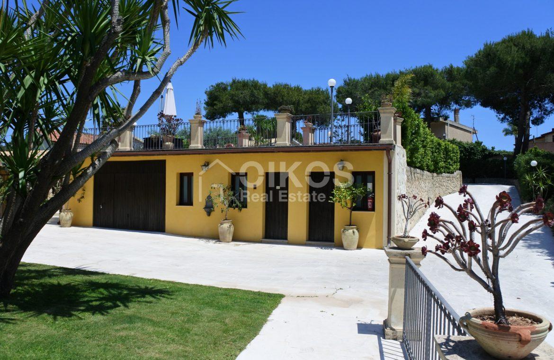 villa con piscina San Corrado F M 03