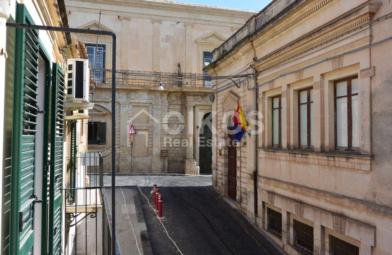 Casa singola in pieno centro storico 3