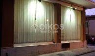 Locale commerciale con vetrine in via Ugo Lago 2