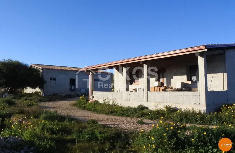 Terreno con casa in contrada Volpiglia 14