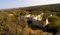 caseggiato con dependance nei pressi di Villa Vela 10