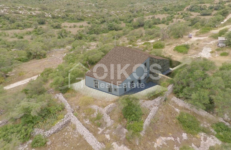 caseggiato con dependance nei pressi di Villa Vela 12