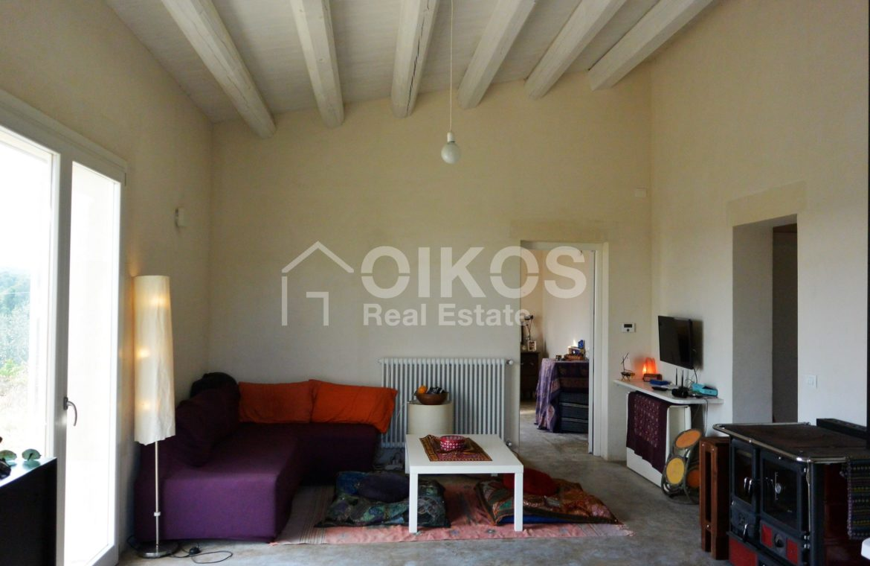 caseggiato con dependance nei pressi di Villa Vela 2