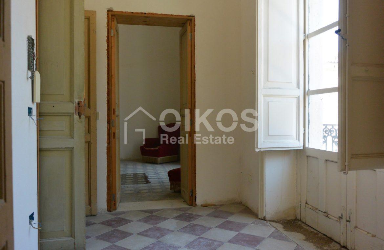palazzetto storico zona Crocifisso 16