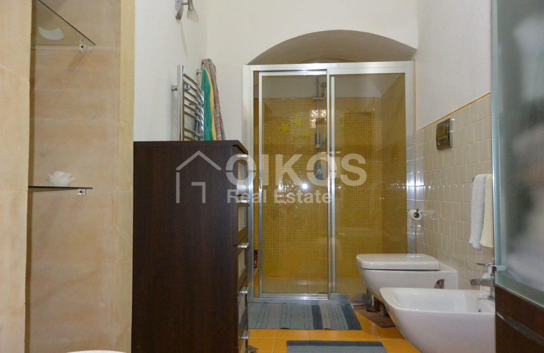 Appartamento ristrutturato in via Aurispa 13