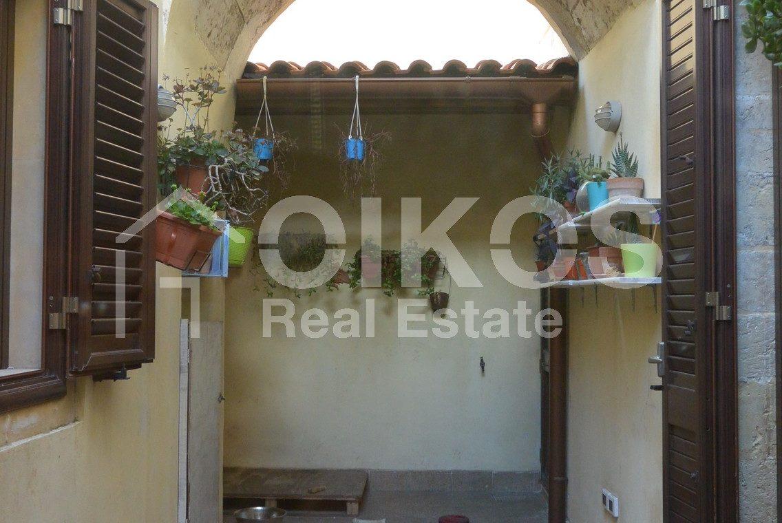 Appartamento ristrutturato in via Aurispa 14