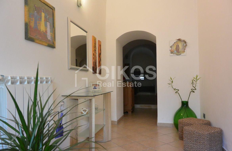 Appartamento ristrutturato in via Aurispa 2