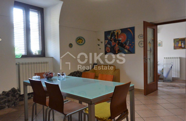 Appartamento ristrutturato in via Aurispa 5