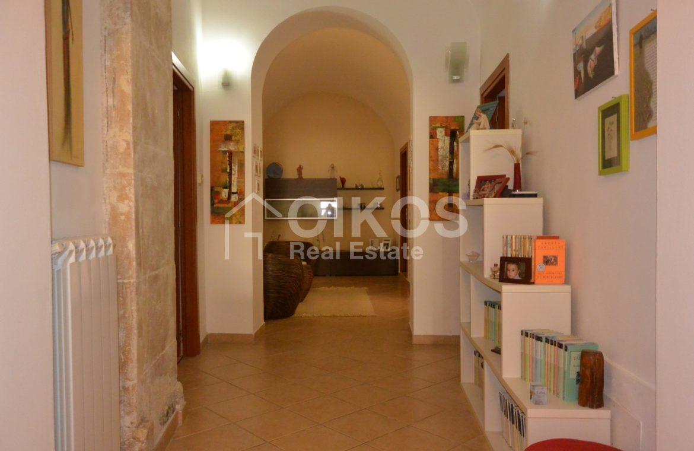 Appartamento ristrutturato in via Aurispa 6